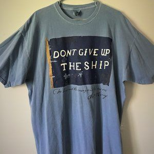 """Other - Men's XL Vintage """"Don't Give Up The Ship"""" T-Shirt"""